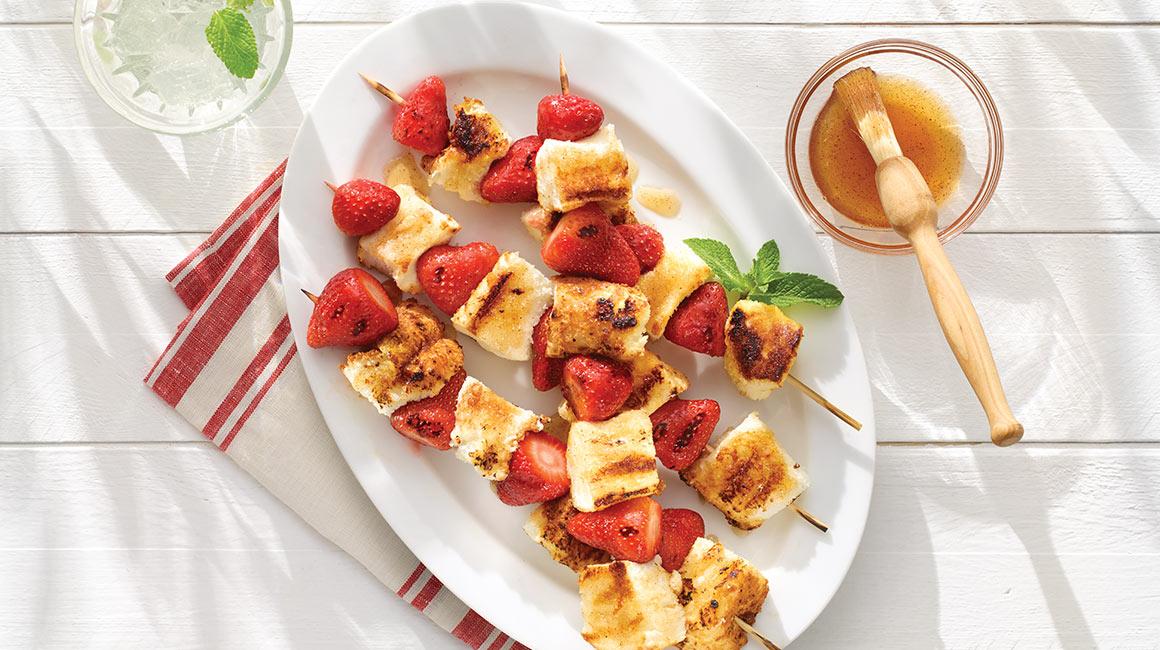 Strawberry shortcake brochettes